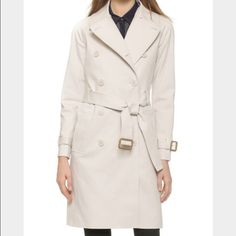 Club monaco 100% cotton jacket/ coat XS Just dry cleaned Club Monaco thick cotton jaket/ coat! XS can fit someone up to a size 4. It runs big. Im a medium and i can fit snug but the button don't close since im pregnant. So if u want to wear it w buttons open, a medium sized up to a size 6 can wear. There r a few very very very tiny spots my cleaners didnt c. Ive had other stains n they all came off! Thats whats great about having a 100% cotton! They r really not noticeable at all unless u…