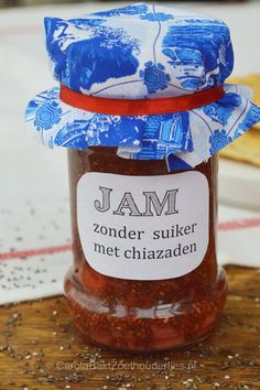 Jam without sugar and with chiadseeds Chutney, Sugar Free Recipes, My Recipes, Metabolic Balance, Clotted Cream, Homemade Sauce, Mason Jar Wine Glass, What To Cook, Cute Food