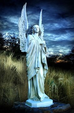 Angel on the Hillside by Rod Pasibe, Statue at Our Lady of the Sierras Chapel in Sierra Vista, AZ. Cemetery Angels, Cemetery Statues, Cemetery Art, Angel Statues, Angel Sculpture, Art Sculpture, Angels Among Us, Angels And Demons, Entertaining Angels