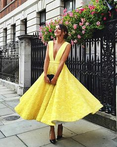 2017 custom made yellow lace prom dress, deep v-neck evening dress,sleeveless party gown,ankle length prom dress,high quality - Thumbnail 1 Yellow Homecoming Dresses, Yellow Lace Dresses, V Neck Prom Dresses, Prom Dresses 2018, School Dresses, Prom Party Dresses, Party Gowns, Evening Dresses, Sexy Dresses