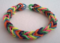 A multi-coloured fishtail loom band bracelet using the pack that came with Making Jewellery Magazine. Loom Band Bracelets, Loom Bands, Fishtail, Jewelry Making, Magazine, Jewellery, Blog, How To Make, Crafts