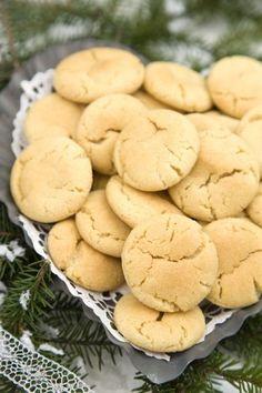 Mormors småkakor: 7 supergoda klassiker | Land Candy Cookies, No Bake Cookies, Bagan, Cookie Recipes, Snack Recipes, Snacks, Grandma Cookies, Pastry School, Bun Recipe