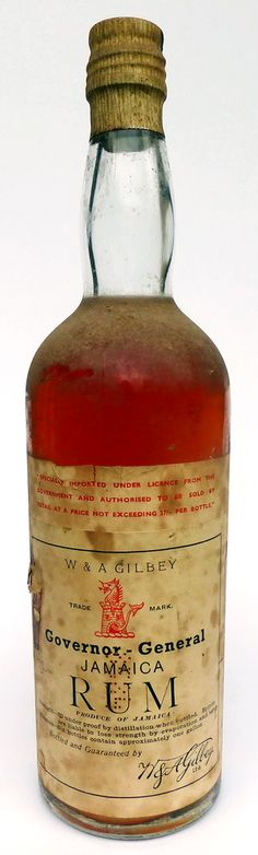 Governor-General Jamaica Rum W & A Gilbey circa 1910's. Excellent level and wonderful color. 70cl. Tolle Geschenke mit Rum gibt es bei http://www.dona-glassy.de/Geschenke-mit-Rum:::22.html