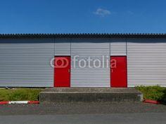 Lagerhalle am Segelflugplatz in Oerlinghausen am Teutoburger Wald bei Bielefeld.