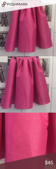 Fuchsia flowy skirt S Brand new without tags. Midi length. Size S but the waist is pretty stretchy. Can be worn high waisted with a simple top. Very cute 🌷🌷 Skirts Midi