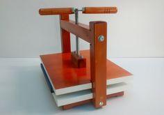 Prensa de madeira para encadernação