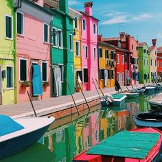 Postcard From Burano, Italy | Photograph via Instagram by @readysetjetset