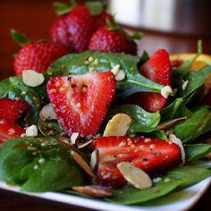 Healthy salad. Instagram: myhealthydish_'s photo