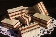 m.bucataras.ro No Cook Desserts, Mini Desserts, Cake Recipes, Dessert Recipes, Dessert Ideas, Kit Kat Bars, Waffle Cake, Wafer Cookies, Croatian Recipes