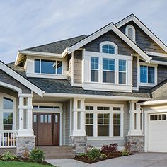 Evergreen Construction is a LP SMartSide Preferred Contractor. Get ideas and inspiration in the LP® SmartSide® Trim Siding gallery. See more. Exterior Siding, Exterior Remodel, Exterior House Colors, Exterior Design, Craftsman Exterior, Craftsman Style, Exterior Paint, Lp Smart Siding, Engineered Wood Siding
