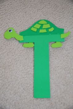 letter t crafts for preschool - T is for turtle