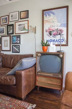 Isaac's Mid-Century Silver Lake Perch — House Tour