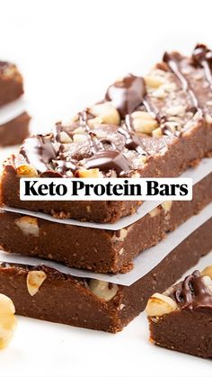 Keto Protein Bars, Keto Bars, Keto Fudge, Protein Bar Recipes, Low Carb Recipes, Snack Recipes, Keto Cheesecake, Drink Recipes, Dessert Recipes