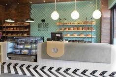 Bakes Goods Display Wall @ Amars Repostería by imAleAleAle via… Cafe Interior Design, Retail Interior, Cafe Design, Store Design, Café Bar, Design Commercial, Commercial Interiors, Bakery Design, Restaurant Design