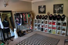 How To Transform A Spare Bedroom Into A Closet