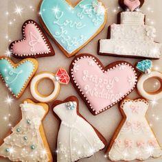 今年初アイシングは、来週式をあげる友人へのプレゼント♡ 幸せ分けてもらおー♡ - 244件のもぐもぐ - ウェディング♡アイシングクッキー by rie