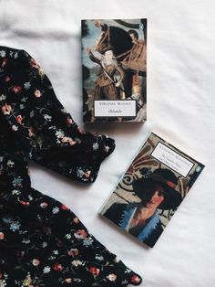 the fictionologist Bookstagram ideas Good Books, Books To Read, My Books, Lara Jean, Stranger Things 3, Book Aesthetic, Book Photography, Book Nerd, Bibliophile