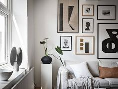 Be inspired by the New Nordic Interior Trend, the Scandinavian Style which is the top style On Trend Now for interiors and design Scandinavian Style, Nordic Style, Scandi Style, Scandinavian Interiors, Grey Interior Doors, Interior Paint, Interior Decorating, Nordic Interior Design, New Nordic