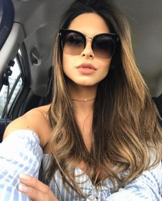 Bom dia! Começando o sabadão com a #selfie poderosa da @julianunesbarboza com o lançamento Tom Ford Savannah www.envyotica.com.br ✨ #envyotica #tomford #tomfordsavannah