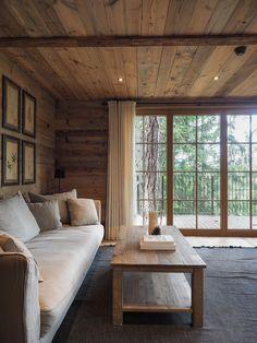 San Luis Lodges Baumhäuser und Chalets in Südtirol Modern Cabin Interior, Chalet Interior, Modern Lodge, Interior Exterior, Modern Cabin Decor, Rustic Lodge Decor, Cabin Style Homes, Log Cabin Homes, Chalet Style