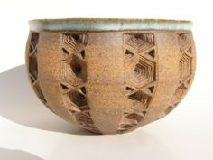 Ceramic bowls by French artist, Thierry Luang Rath. http://latheiereetlebol.blogspot.com