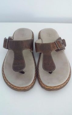 Dr. Martens DONNA Size 5 Flip Flop Sandals T-front brown Leather Buckle Side  #DrMartens #FlipFlops #BeachCasual