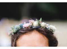 Couronne de Fleurs délicate Freya Joy Garden Flowers Photo: Pierre-Yves Queignec Photographe
