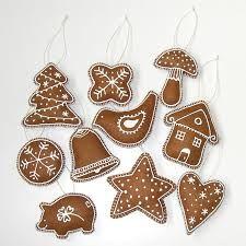 zdobíme vánoční perníčky - Hledat Googlem Cookie Decorating, Gingerbread Cookies, Sugar, Christmas Ornaments, Holiday Decor, Desserts, Advent, Food, Beading