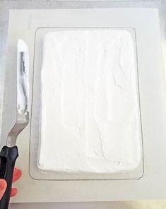 Chocolate Meringue Cake Recipe (Piano Version) - Valya's Taste of Home Chocolate Meringue Cake Recipe, Chocolate Sponge Cake, Chocolate Ganache, All You Need Is, Taste Of Home, Occasion Cakes, Piano, Cake Recipes, Cake Decorating