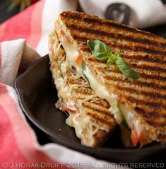 Then you'll adore this Margherita pizza grilled cheese sandwich. All the deliciousness of pizza without the hassle of making it! Grill Cheese Sandwich Recipes, Pizza Sandwich, Grilled Sandwich, Grilled Pizza, Pizza Recipes, Making Pizza Dough, Best Vegetable Recipes, Sandwiches, Dessert Pizza
