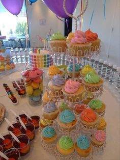 Abby's Rainbow Disco Party   CatchMyParty.com