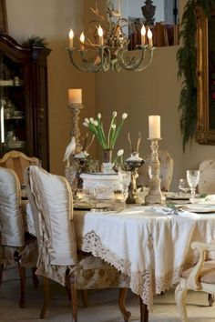 80 Fancy French Country Living Room Decor Ideas - Barthram News French Country Dining Room, French Country Kitchens, French Country House, French Country Decorating, Country Living, Country Style, French Farmhouse, French Decor, Country Farmhouse