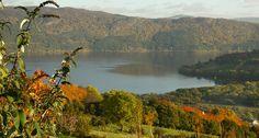 Loch Ness oberhalb von Drumnadrochit im Herbst...