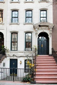 Amazing that 169 East 71st is so close yet a world away from my apt!