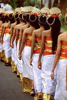 Indonesia, Bali, Gianyar, Cremation ceremony, procession of teenage girls. ❀  Bali Floating Leaf Eco-Retreat ❀ http://balifloatingleaf.com ❀