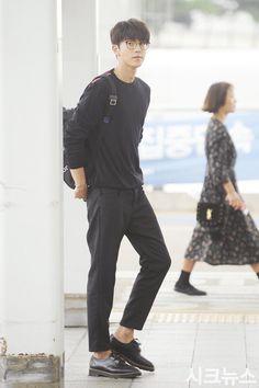 Man in black, Nam Joo Hyuk
