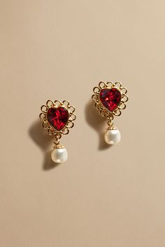 pretty red shaped heart earrings with pearls Ear Jewelry, Cute Jewelry, Gold Jewelry, Jewelry Box, Jewelry Accessories, Jewelry Design, Skull Jewelry, Hippie Jewelry, Women Jewelry