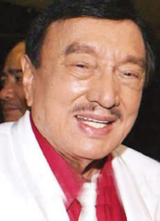 Tabloid Reporter sneaks in the Intensive Care Unit to take picture of Dolphy. Intensive Care Unit, Comedians, Comedy, About Me Blog, Celebrity, The Unit, Actors, Cute, Pictures