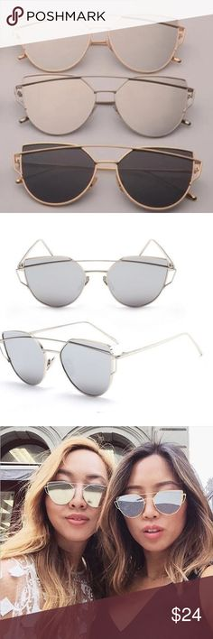 """✨HP✨ Silver Mirrored Cat Eye Sunglasses Super cute cat eye mirrored silver lenses with silver tone frames. Measures 5 9/16"""" from edge to edge of metal frame. Each lense measures approx. 2.25"""" across. Accessories Sunglasses"""