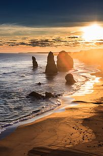 Twelve Apostles rock formations, Australia - saw them in person. / 34 reasons Australia is the most beautiful place on earth . The Places Youll Go, Places To See, Landscape Photography, Nature Photography, Scenic Photography, Voyager Loin, Belle Photo, Beautiful Beaches, Beautiful Landscapes