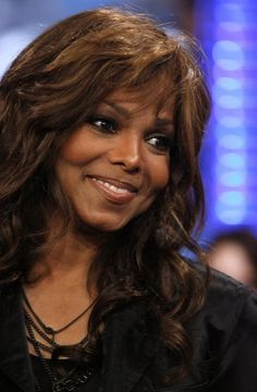 Janet Jackson - MTV TRL, June 2 2008 Janet Jackson, Michael Jackson, Mtv, Jackson Music, Jackson Family, The Jacksons, Inspiring People, Music Icon, Black Girls Hairstyles