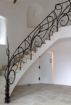 La decoración  para escaleras,  un estilo diferente.