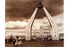 Otilio Arellano: Gateway to the East, 1953 Philippine International Fair Manila, Family History, Old And New, Philippines, Louvre, Layout, Building, Travel, Viajes