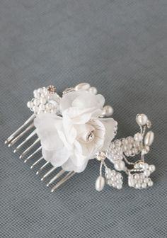 Seemed like what you were looking for - even has pearl accents! Had to pin it lol