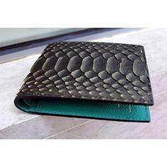 2016/06/22 00:02:07  michaelsa  H U L K  #michaelsa #lookasyoufeel #fashion #fsahion #style #gq #mensfashion #menswear #mens #wallet #pythonwallet #pythonskin #thebillionairesclub #luxury #lifestyle #upscale #essentials #barneys #farfetch #mrporter #luisaviaroma #ssense # #snakeskin #whatusmenlike