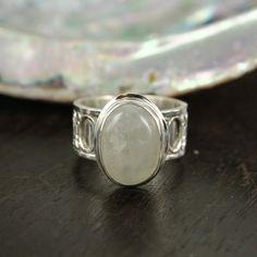Anillo Unisex de arco iris Moonstone ring  anillo de plata