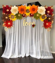Falling in Love Paper Floral Backdrop Paper Flower Wall, Paper Flower Backdrop, Giant Paper Flowers, Diy Flowers, Stage Decorations, Wedding Decorations, Baby Shower Backdrop, Thanksgiving Diy, Floral Backdrop