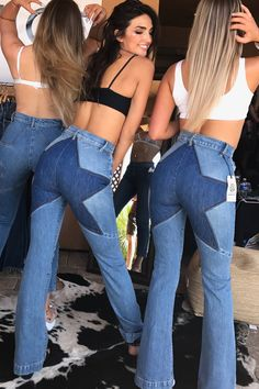 The most authentic recreation of the iconic star jeans of the These jeans are super high waisted and fitted. Made to hug your hips and accentuate your curves. Cute Concert Outfits, Concert Outfit Winter, Music Festival Outfits, Cute Outfits, Country Concert Outfit Summer, Girl Outfits, Trendy Outfits, Best Coachella Outfits, Earthy Outfits
