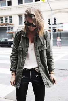 anine-bing-outfit-leather-pants-army-jacket-charlie-boots-1