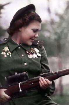 Portrait d'un commandant d'une compagnie de sniper séparée 3ème Garde Lt. NA armée de choc Lobkovskii.